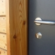 W_side_door_handle
